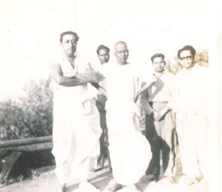 Nisargadatta Maharaj WITH RANJEET MAHARAJ